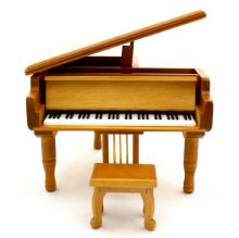 Musical Grand Piano (Natural)